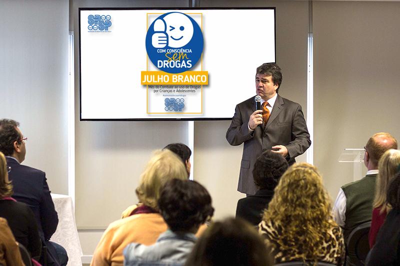 Claudio Barsanti, presidente da SPSP, em seu discurso na abertura do evento