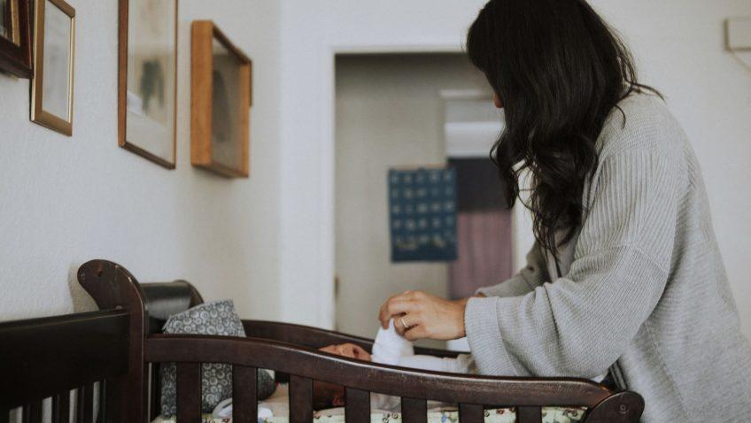 Um segundo muda uma história: alerta sobre quedas de bebês (video)